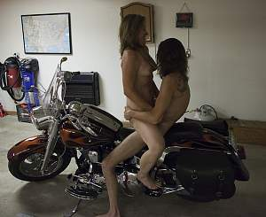 5070223894_4d3abc55ea_On_the_Harley_O.jpg