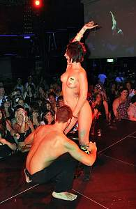 magalufamateurgirlswithstrippers3.jpg