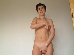 Click image for larger version  Name:Lynsey Lust 1 (3).jpg Views:117 Size:1.12 MB ID:10136248