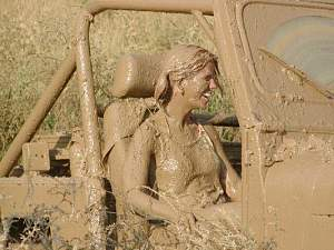 Click image for larger version  Name:jeepmuddygirl.jpg Views:781 Size:49.0 KB ID:1430793