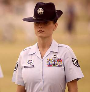 basic_20military_20training_20graduati_female_sergeant_gorgeous__2__715.jpg