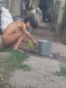 YouTube Porn - A Russian woman washes near Shok's neighbors REAL.m4v_snapshot_00.31_[2017.10.01_.jpg