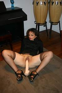 Brown_stockings_and_white_dildo_IMG_5178.jpg