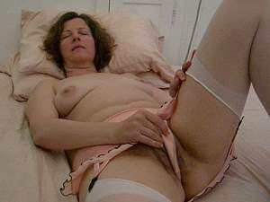 Angelina makes love to her pussy -part 1.MOV.0013.jpg
