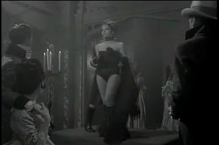 Diana Rigg as The Queen of Sin_(360p).flv_000026406.jpg