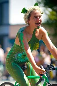 Fremont Solstice Cyclists 2014 - 85_14863801892_o.jpg