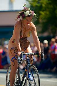 Fremont Solstice Cyclists 2014 - 7_14861793684_o.jpg