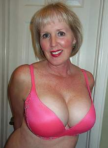Awesome tits 4 Granny is huge in a BRA!.jpg