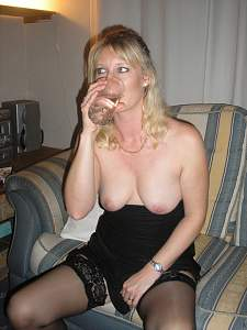 Awesome tits 7 wife drinks and shows!.jpg