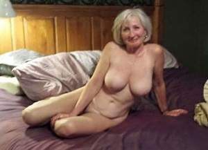 Awesome tits 14 Granny does a full poser!.jpg
