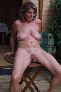 Awesome tits 28 wife has a Great tanned body!.jpg