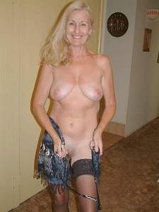 Awesome tits 29 Granny gets Naked FAST!.jpg