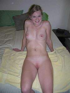 Awesome tits 179 wife does a nice poser!.jpg