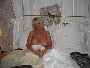 Awesome tits 9 wife has nice Sliders!.jpg