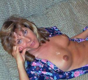 Awesome tits 185 wife is Waiting!.jpg