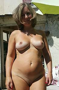 Awesome tits 207 wife has BRA marks!.jpg