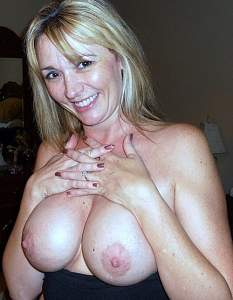 Awesome tits 37 wife has her hands over the Top!.jpg