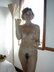 Awesome tits 2 wife has a wide Trim to show!.jpg
