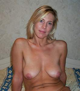 Awesome tits 19 wife is a Stunner!.jpg