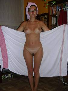 Awesome tits 37 wife shows the tan lines!.jpg