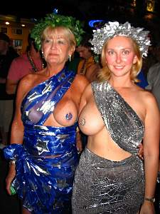 Awesome tits 48 Mom & Daughter show Opposite tits!.jpg
