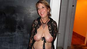 Awesome tits 7 wife hangs out Large & NICE!.jpg
