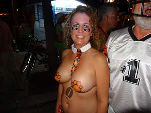 Awesome tits 15 wife has Football cones!.jpg
