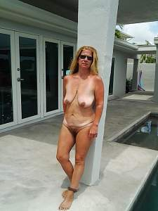 Awesome tits 10 wife is in Full Slider mode!.jpg