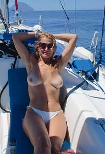 Awesome tits 49 the wife loves to show them!.jpg