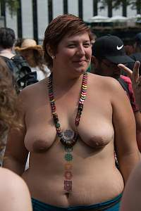 Awesome tits 60 GF has full Roll Under!.jpg