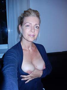 Awesome tits 69 wife shows off her Natural Beauty!.jpg