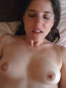 Awesome tits 25 wife has suck-able nips!.jpg
