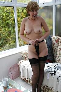 Awesome tits 28 Granny does a Naughty now!.jpg