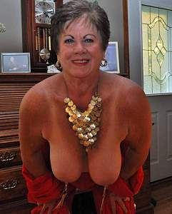 Awesome tits 23 Granny loves to show the Necklace!.jpg
