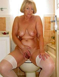 Awesome tits 28 Granny is large and Tanned!.jpg