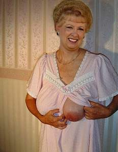 Awesome tits 29 Granny has a south Slider out!.jpg