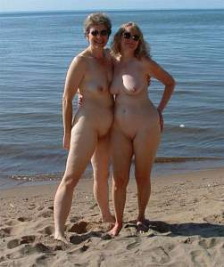 Awesome tits 14 having the Same glasses on Vacation!.jpg
