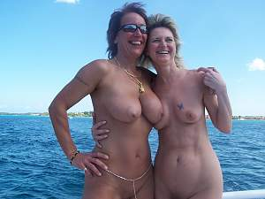 Awesome tits 21 the wife's bounce nice on Water!.jpg