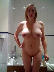 Awesome tits 88 wife is willing to pose!.jpg