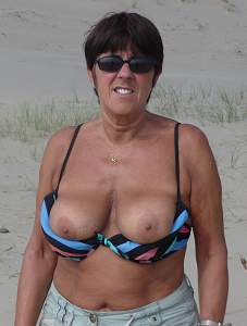Awesome tits 95 Granny is tanning!.jpg
