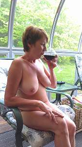 Awesome tits 98 Granny is a Busty Beauty!.jpg