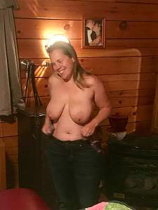 Awesome tits 971 this wife has a Great Smile!.jpg