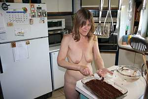 Awesome tits 935 this wife is NUDE in the house!.jpg