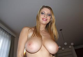 Awesome tits 37.jpg
