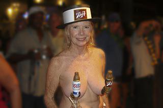 Awesome tits 73 BEER Girl.jpg