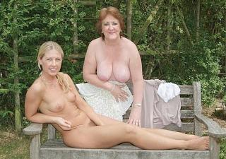 Awesome tits 190 Daughter & Mom.jpg