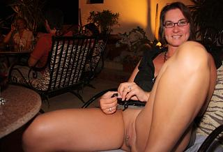 Naughty Mom 317 showing the ornaments.jpg