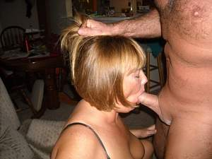 Naughty Mom 5085 don't Mess with the Hair!.jpg