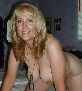 Naughty Mom 5105 in her Doggy position!.jpg