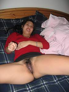Naughty Mom 4329 wife has hidden Lips!.jpg